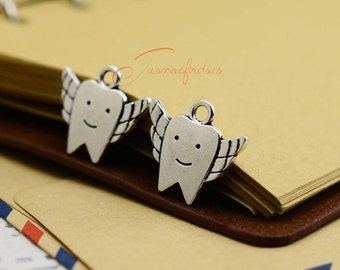 20PCS--20x18mm ,Tooth with wing Charms, Antique Tibetan Silver Tone Teeth charm pendants , DIY supplies,Jewelry Making