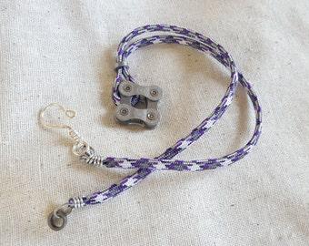 Square-On-Corner Bike Necklace