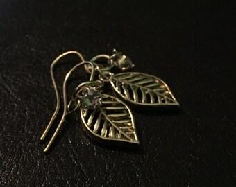 Simple Leaf Earrings