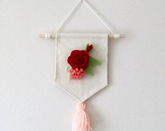 Small Floral Pennant