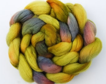 Hand dyed KENT ROMNEY wool roving spinning felting fibre, 150g/5.3oz