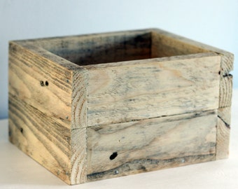 Wooden box | Perfect as bathroom storage, kitchen storage, a desk tidy and more | Made from reclaimed wood