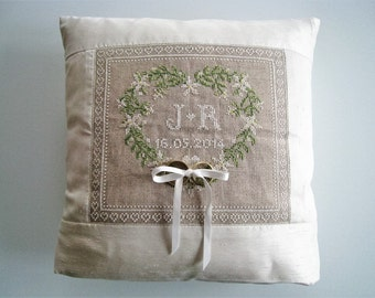 Wedding ring pillow - handmade and customisable