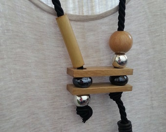 Wood and ceramic long necklace