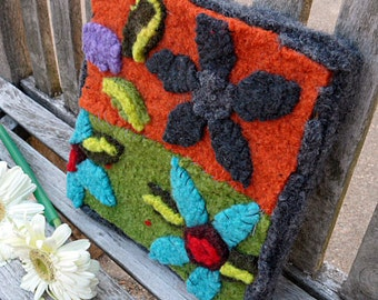 Felted Daisy Wallhanging--Hand felted and hand sewn #14