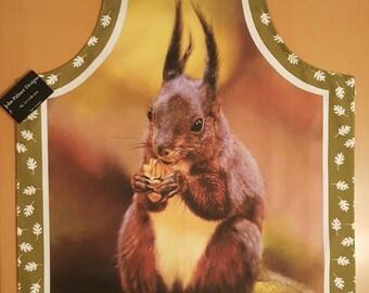 Red squirrel design apron , Red squirrel kitchenware, Red squirrel textiles, oven gloves, kitchen, cooking, baking, food,