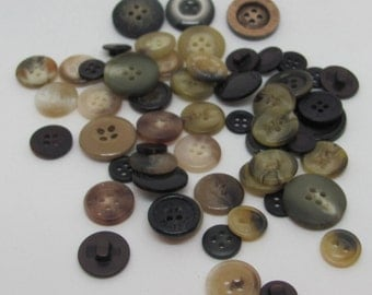 Mixed Bundle of Buttons 12ST