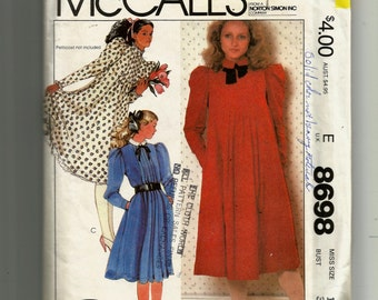 McCall's Misses' Dress and Neck Tie or Tie Belt Pattern 8698