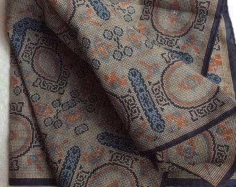 Vintage Damon scarf beautiful intricate design