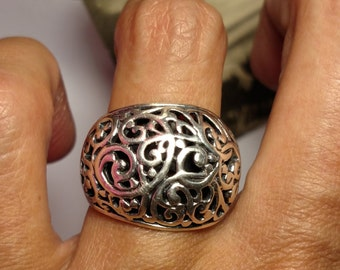Vintage Domed 925 Bali Balinese Style Sterling Silver Filigree Tribal Heavy Ring Size 7