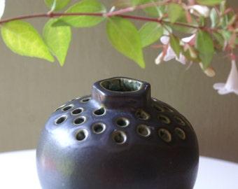 Stanley Kelloggs  Flower Frog Vase,  Pottery
