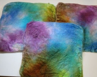 Hand Dyed Silk Fiber Mawata Silk Hankies for Spinning or Knitting -- Tropical Fish (10grams)
