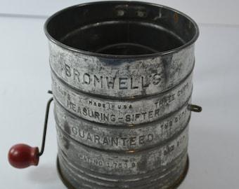 vintage Bromwells flour sifter farmhouse primitive kitchen