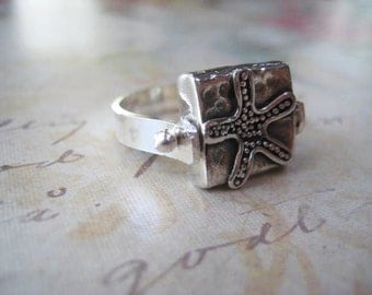 Starfish Ring, Sterling Silver, Fine Silver Bead, Band Ring, Beach Ring, Handmade Ring, women's Jewelry, candies64