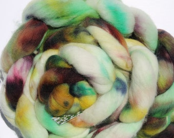Kettle dyed Corriedale top. Roving. Spin. Felt. 1lb #29