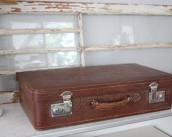 Vintage Suitcase ~  Luggage