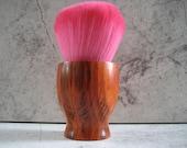 Kabuki Cosmetics Brush (Pink Sable)