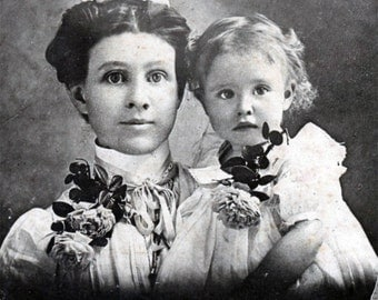 vintage photo 1900 CAndace & Pearl Mother Baby Girl Roses Medical Glass Eye Cabinet