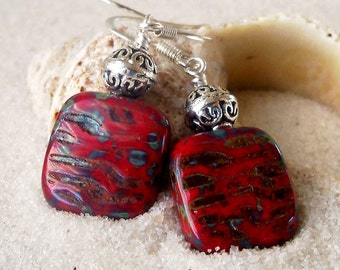 Beaded Jewelry - Dangle Earrings - Red Square Earrings - Handmade Earrings - Modern Earrings - Drop Earrings - Red Earrings - Hypoallergenic