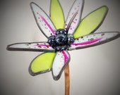 Star Gazer 3-D Small Garden Flower stained glass 6 inches across, Birthday, Mother's Day, Gardner, Spring,