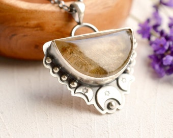 Lodolite Quartz Necklace, Boho Style Silver, Unique Stone Jewelry, Crescent Moon Detail, Artisan Metalwork Necklace