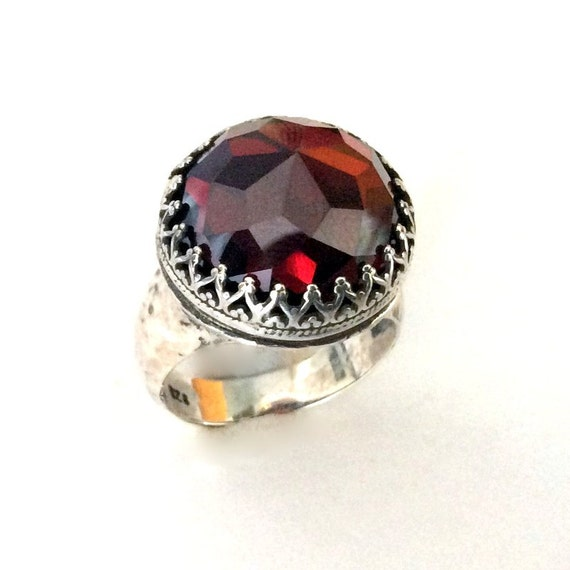 Sterling silver ring, statement ring, red garnet ring, Bohemian jewelry, silver gemstone ring, Engagement ring -  Point of imagination R2190