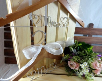how to make wire bride hangers