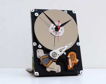 geek gift, unique Christmas gift, holiday gift,  steampunk gift, computer clock, upcycled computer clock, Recycled Computer Hard Drive Clock