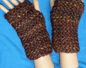 KNIT, Wristwarmers, fingerless gloves, chunky yarn, BrownTweed color