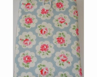 "Kindle Touch Case With Button Fastening Padded Pouch Sleeve for Kindle 6"" Paperwhite 6 Nook Simple Touch Cath Kidston Provence Rose Blue"
