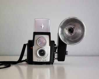 Brownie Starflex Camera, Vintage Kodak, 1960s Industrial Decor, Kodalite Flash, Photo Equipment, Electronics, Man Cave Mid Century Decor