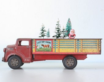 Vintage Farm Truck,  Lazy Day Farms Toy Truck, Marx