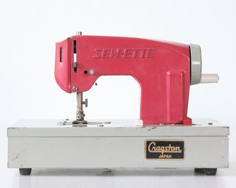 Vintage Sewing Machine, Pink Toy Sewette, by Cragstan