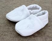 Baby Boy Girl Booties toddler infant newborn slippers shoes Religious Plain WHITE Cross Christening Baptism non slip soft soled SWAG