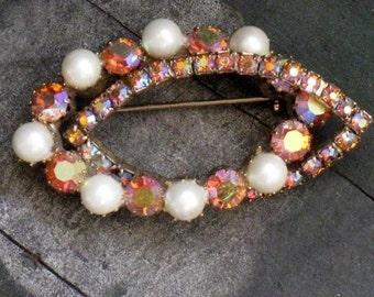Vintage Brooch, Vintage Pin, Vintage Brooch, Pearl Brooch, Rhinestone Brooch, Pearl Pin