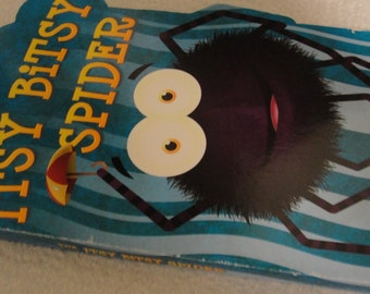 The Itsy Bitsy Spider Hard Page Book