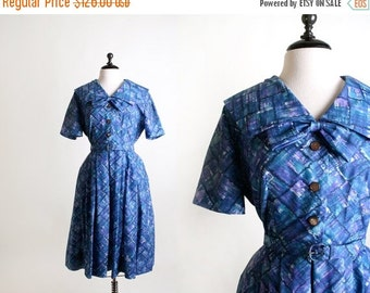 ON SALE Vintage 1950s Dress - Early 1960s Mad Men Artistic Bow Day Dress - Large XL
