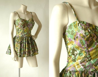 30% OFF 50s One Piece Swimsuit --- Vintage Catalina Swim Suit --- Green Floral Maillot