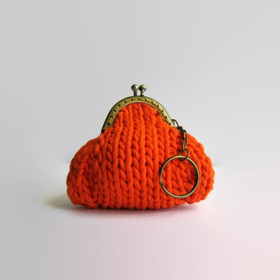 Orange, Kiss Lock, Small Coin Purse, Key Chain, Money Holder, Change Purse, Coin Purse, Gifts Under 20, Ready to Ship, Knitted Pouch