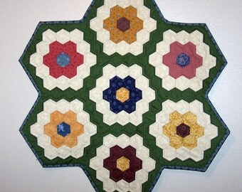 Grandmother's flower garden table topper
