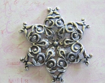 NEW Silver Snowflake Finding 3828