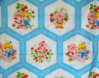 Vintage 1980 Strawberry Shortcake Huckleberry Pie Fabric Faux Quilt White Blue American Greetings