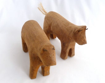 Rustic wooden cows/bulls, wood animals, 5x8, set of 2 rustic bulls, folk art animals, folk art bulls, wood carved animals, bulls with horns