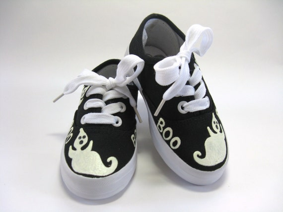 Boys Halloween Ghost Shoes, Halloween Outfit, Ghost Theme Party, Boo Shoes, Halloween Costume, Hand Painted Black Sneakers, Baby and Toddler