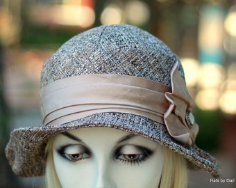 20s Riding Hat in a Casual Cloche Downton Abbey Vintage Style in Neutral Brown Tweed with Tab Trim