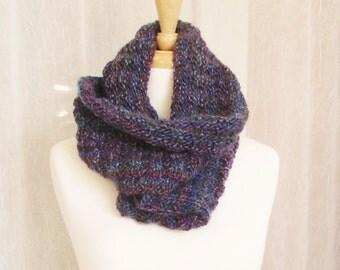 Cowl, Infinity Scarf, handknit, handmade, C, knit