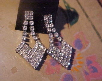 Vintage Rhinestone Dangly Earrings Pierced