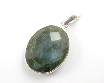 Bezel Pendant with Bail- Labradorite Gemstone Pendant- Sterling Silver Gem Bezel Pendant Ready for Necklace, Oval Shape -28mm-601112-LAB