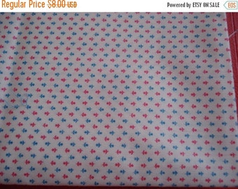"50% OFF SHOP SALE Vintage Glazed Fabric - Tiny Red & Blue Flowers on Cream Ground - 43"" W x 43"" L"