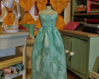 Everyday sweetheart dress for Blythe and licca